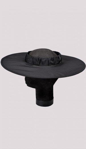 Love Hat - Round